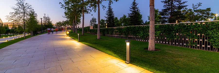 Стильные уличные светильники